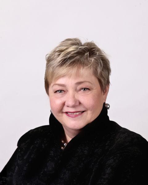 Pam Smith Kelly